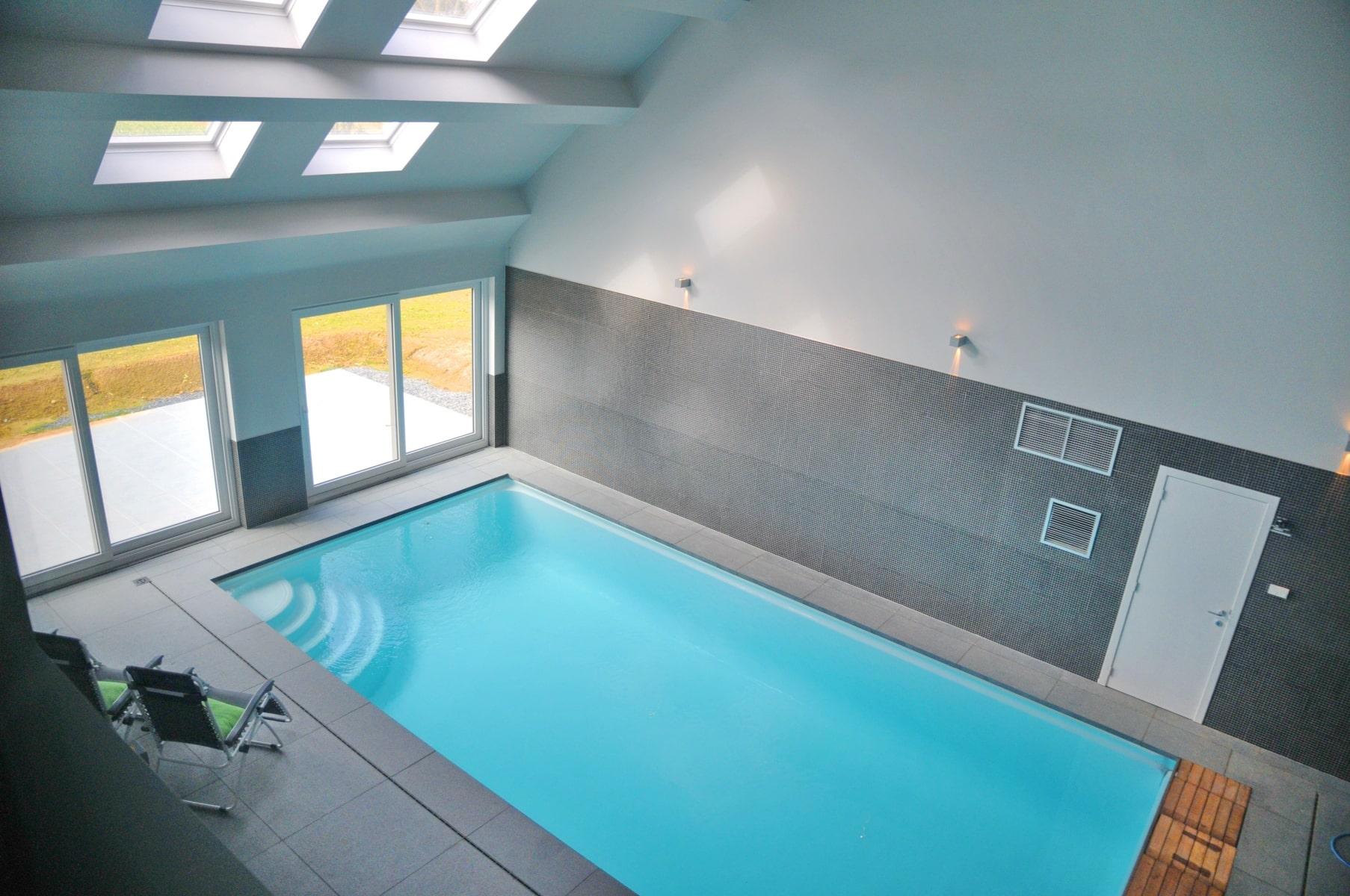 Vakantiehuis met privé binnenzwembad Vakantiedorp Somme Leuze